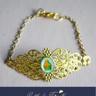 Sacred Heart Small Gold Filigree Cuff Bracelet